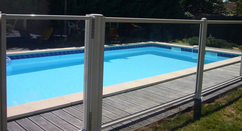 Aquanov barri re transparente de s curit pour piscine for Barriere de piscine amovible